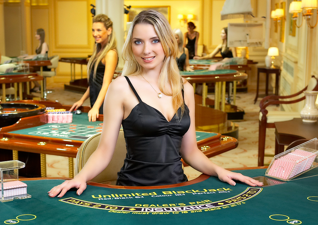 blackjack casino dealer